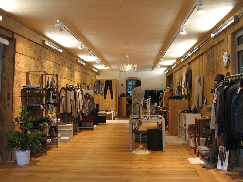 Lichtplanung auf Ladenfläche und Ausstellungsfläche